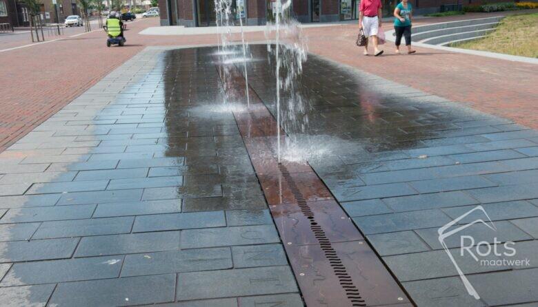 gennep-fontein-fonteinen-bedriegertjes-spuiters-plein-stad-gemeente-hittestress-openbare-ruimte-ontwerp-fonteintechniek (2)