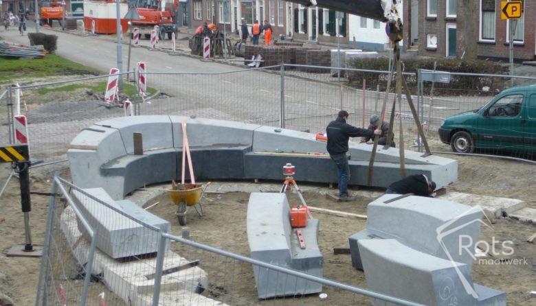 vikingschip oost souburg natuursteen maatwerk kunst kunstwerk graniet hardsteen openbare ruimte rots hoogstraten 2 (7)