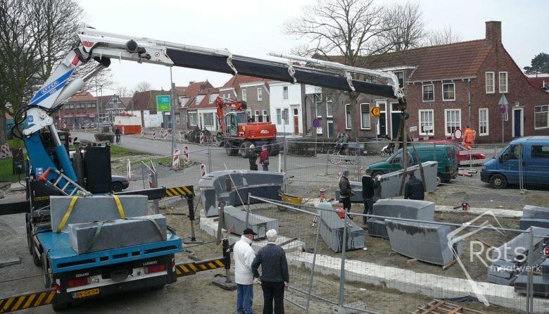 vikingschip oost souburg natuursteen maatwerk kunst kunstwerk graniet hardsteen openbare ruimte rots hoogstraten 2 (8)